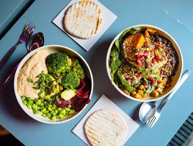 Cómo el reclamo 'saludable' nos engaña cuando comemos fuera