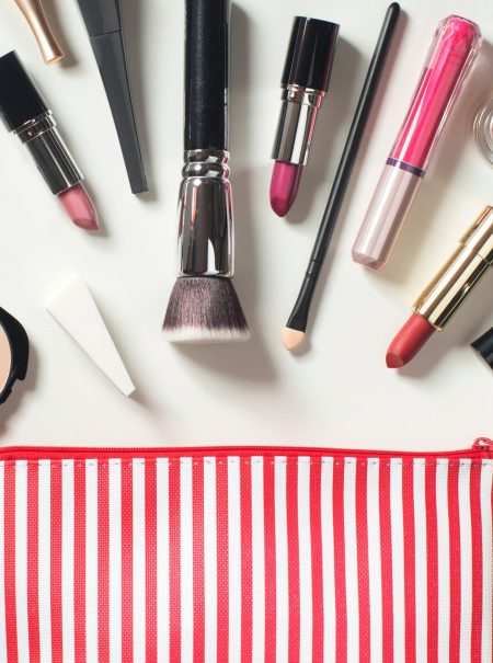 Así debes desinfectar tu neceser de maquillaje (y cada producto)