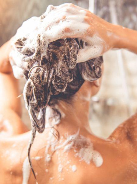 Por qué es importante ducharse todos los días aunque no salgas de casa