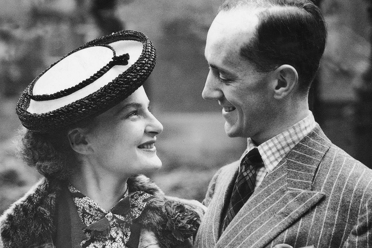 Merula Salaman y Sir Alec Guinness