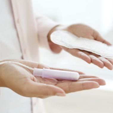 Escocia se convierte en el primer país en dar acceso gratuito a los productos de higiene menstrual