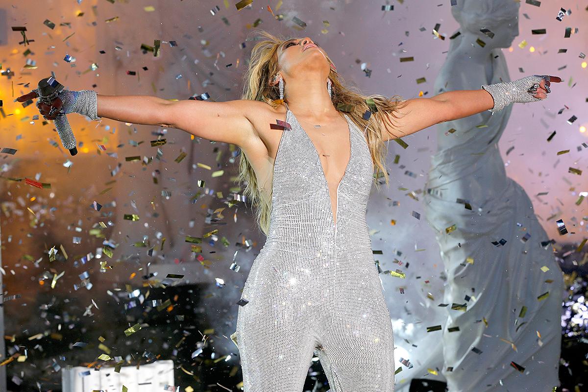 Jennifer Lopez estrenando 2021