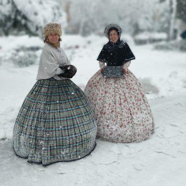 Dress Like A 19Th-Century For A Walk In Madrid'S San Blas Neighborhood