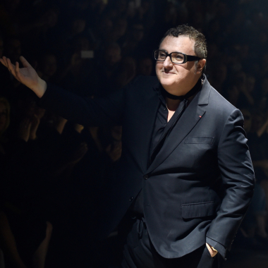 Alber Elbaz, el diseñador que llevó la costura al siglo XXI