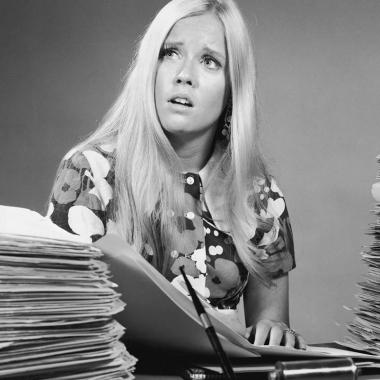 Casarse con el trabajo: cuando hacer horas extras y no tener vida también es un problema amoroso