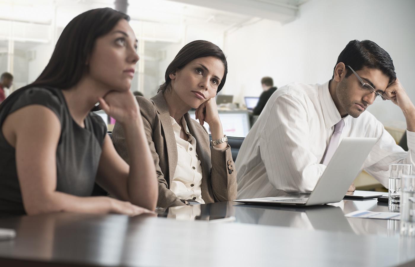 «Esto podría haber sido un email»: cómo las reuniones innecesarias ahogan a los trabajadores