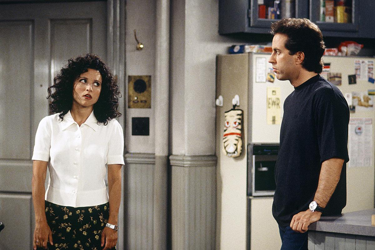 Julia Louis-Dreyfus y Jerry Seinfeld en un escena de 'Seinfeld'.