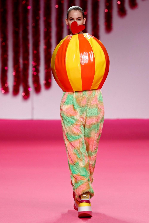 online retailer e8304 8f5ec Agatha Ruíz de la Prada monta una fiesta al más puro estilo ...