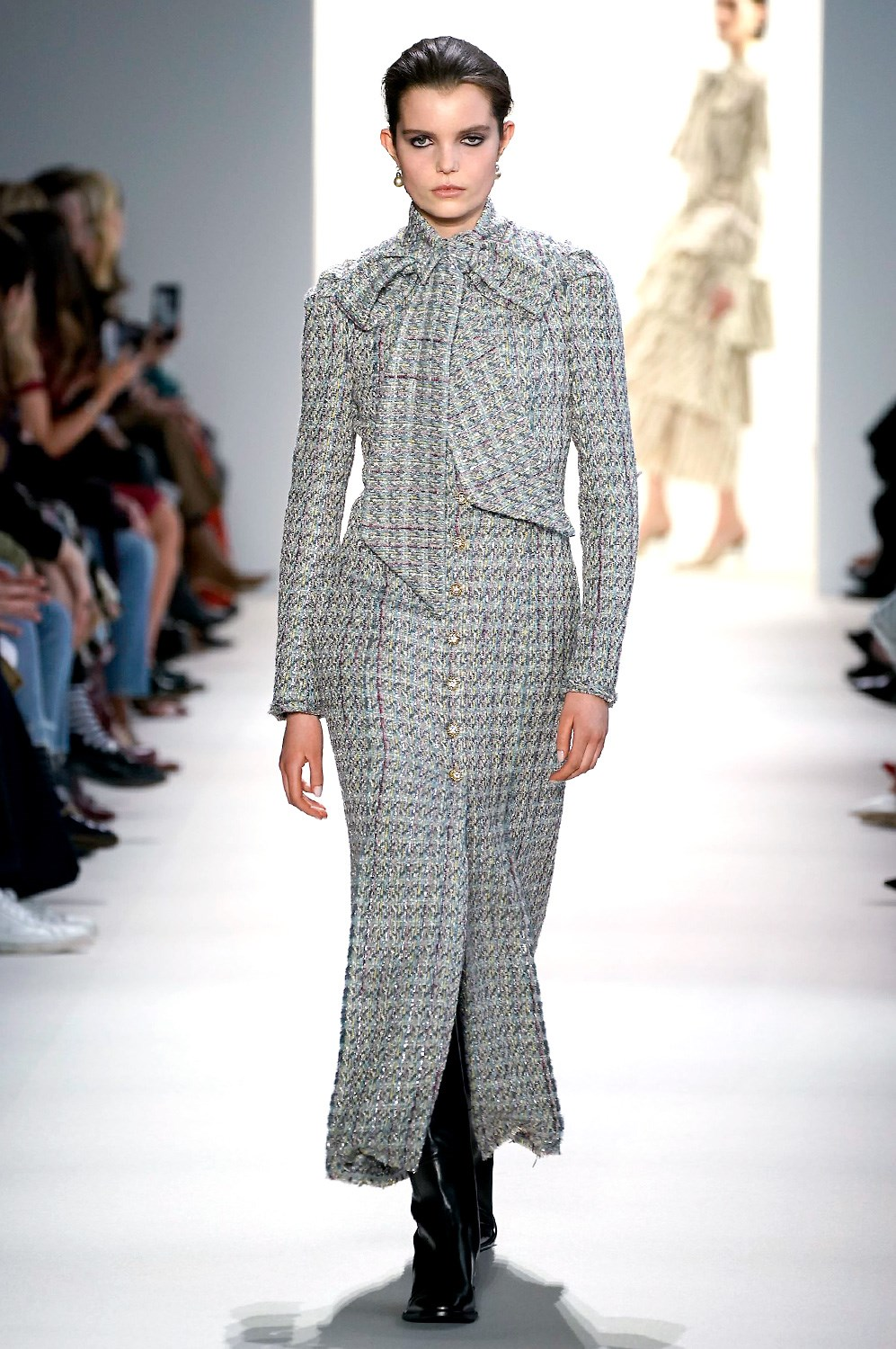 La apuesta por un tweed rejuvenecido de Brock Collection