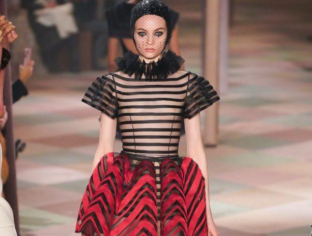 Magia y fantasía en el circo de Christian Dior