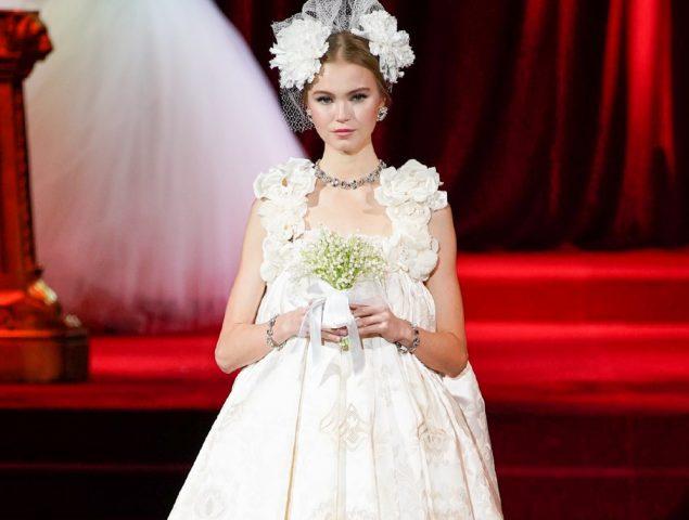 Dolce & Gabbana y la elegancia de las damas del Renacimiento