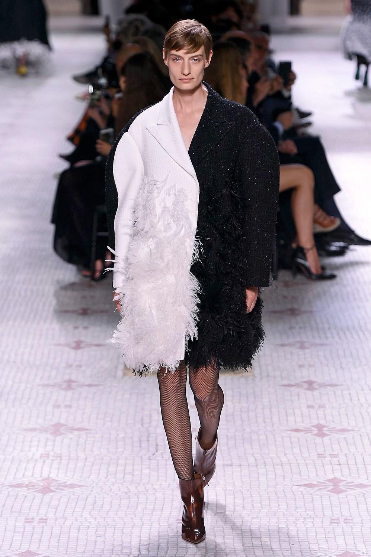 Givenchy meghan markle