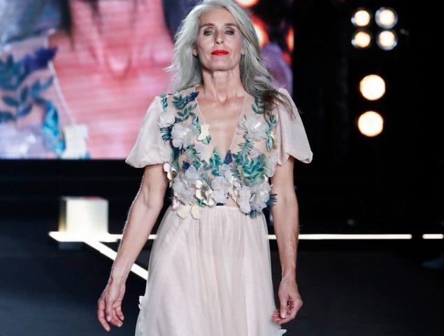 La belleza no tiene edad: el desfile de L'Oréal sube a la pasarela a mujeres mayores de 50 años