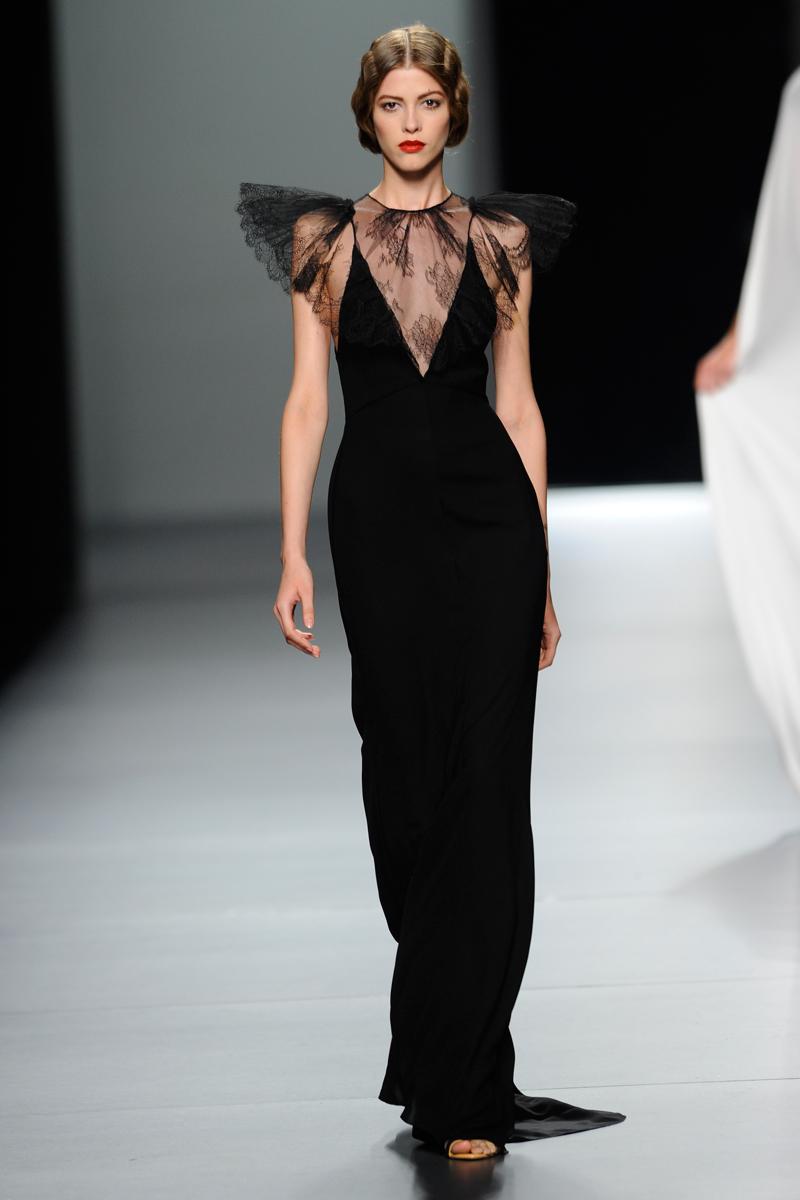 Lo mejor de la colección de Juanjo Oliva primavera verano 2012