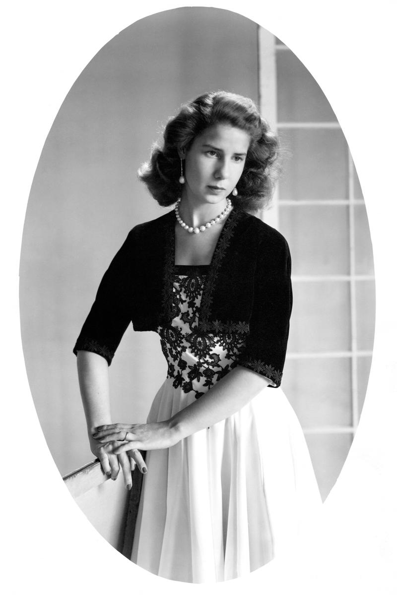 Cuando Cayetana de Alba vestía de Balenciaga y posaba para Vogue
