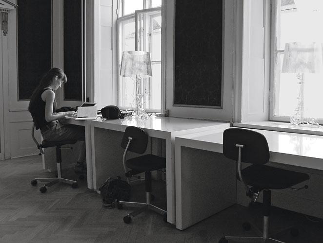 Empresas que nos facilitan la vida actualidad moda s - Horario oficinas bbva madrid ...