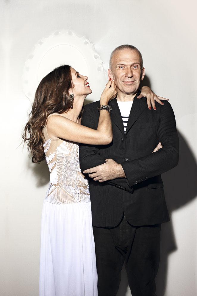 Victoria Abril y Gaultier