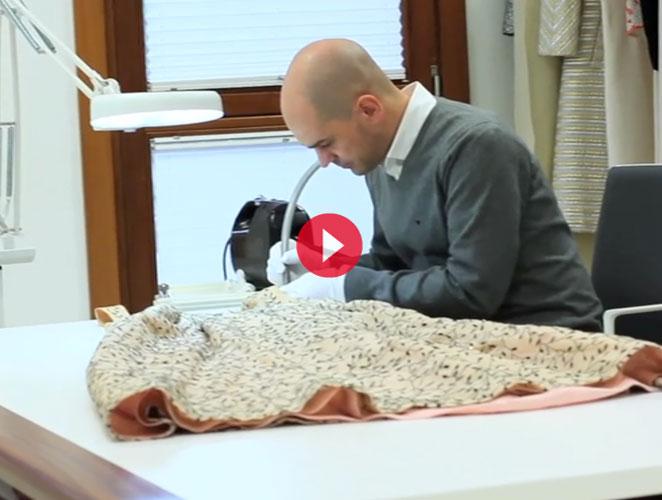 Alta tecnología para conservar un vestido de Balenciaga