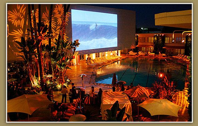 Es el beverly hilton un hotel maldito placeres s for Fiesta porno en la piscina