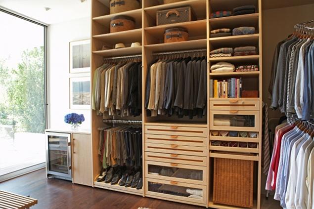 El arte de organizar armarios placeres s moda el pa s - Organizacion armarios ...