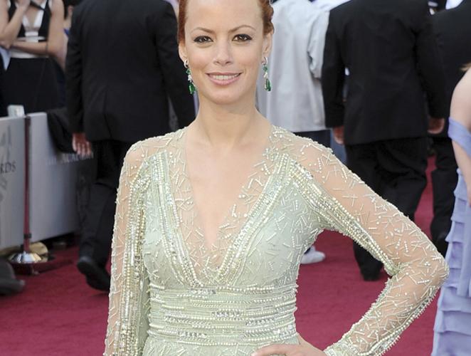 Al detalle: el look de Bérénice Bejo en los Oscar 2012