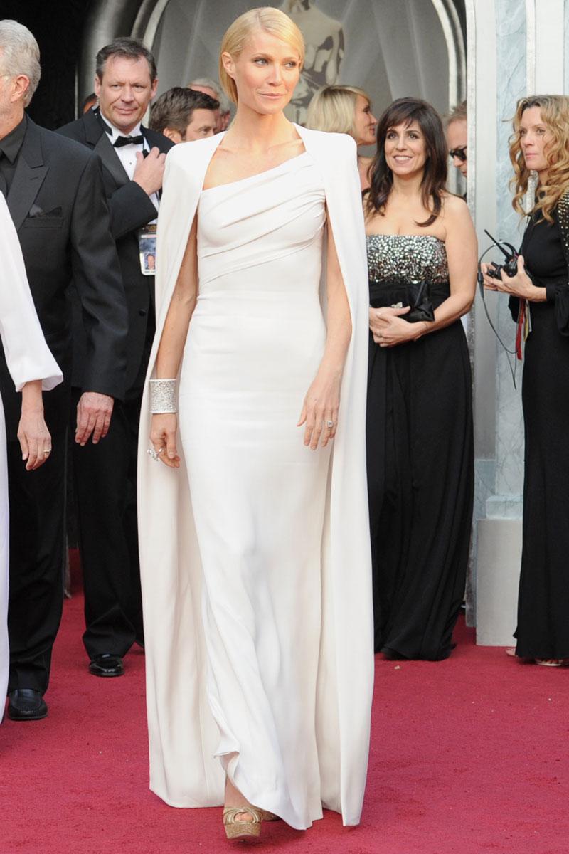 Todos los looks de alfombra roja de los Oscar 2012  1f50b0ed346