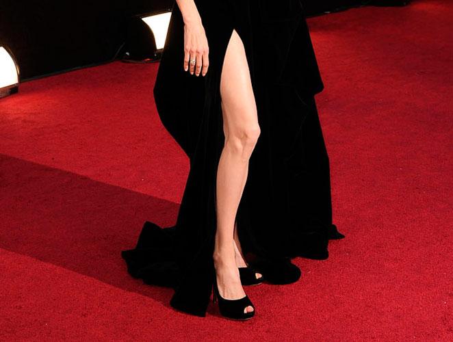 Pierna Angelina Jolie