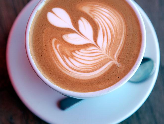 No hagas caso a tu médico, beber café  tiene beneficios