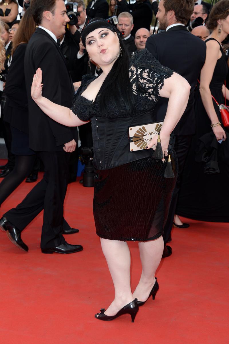 Más alfombra roja en la segunda jornada de Cannes