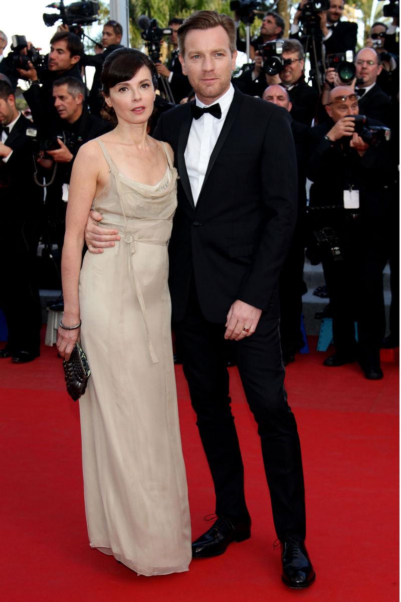 Robert Pattinson hace su primera aparición oficial en la alfombra roja