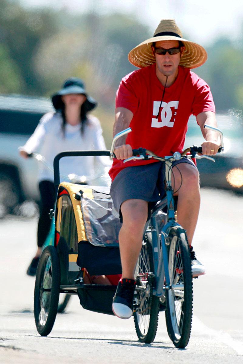 celebrities en bicicleta