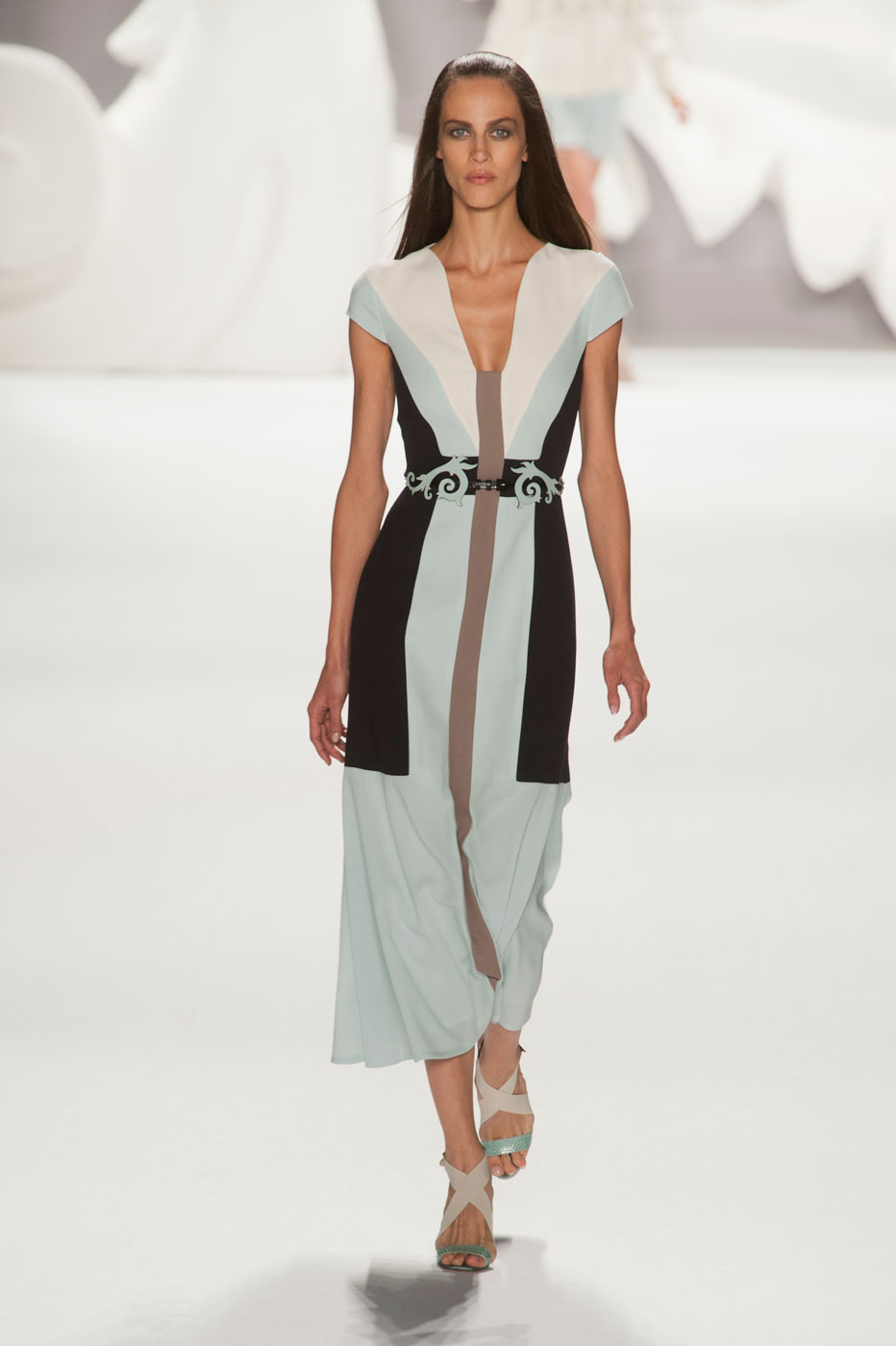 cdf4ab667e Colección Primavera/Verano 2013 de Carolina Herrera | Moda, Pasarela ...