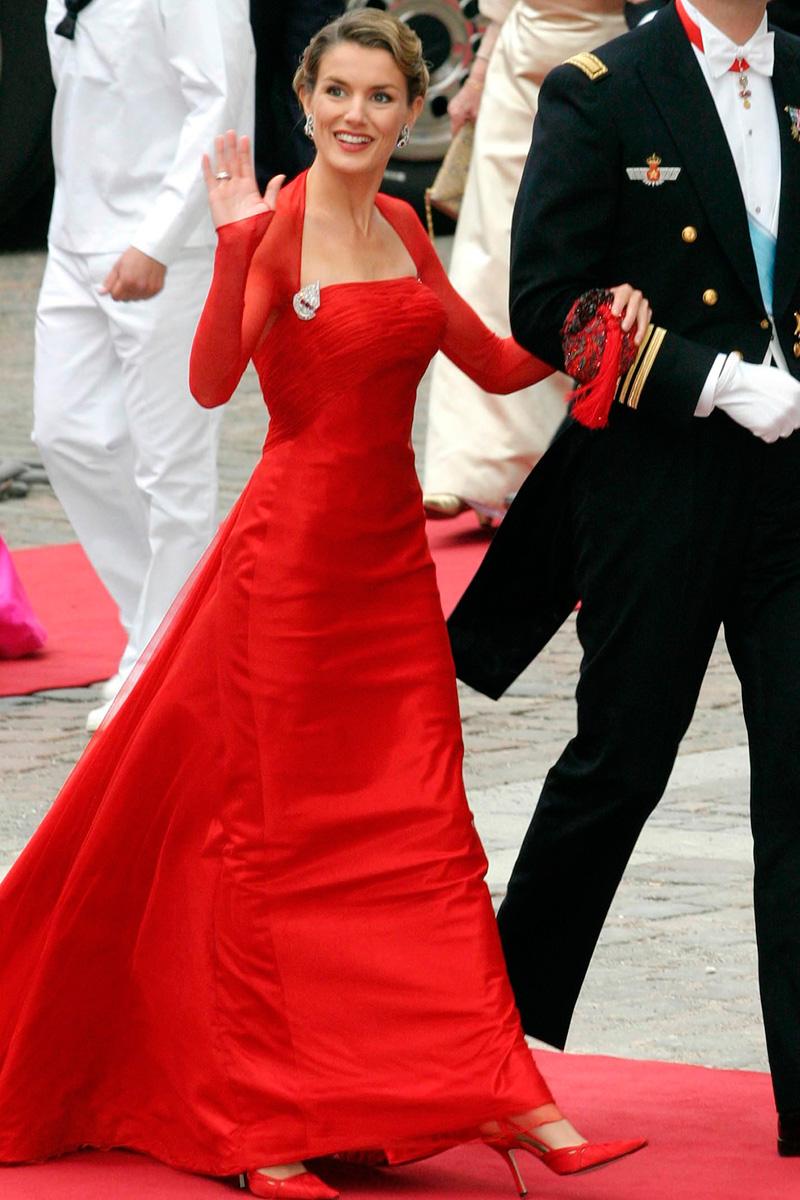 De Princesa a Reina  10 años de Letizia en la Casa Real ... 786b5ea41028