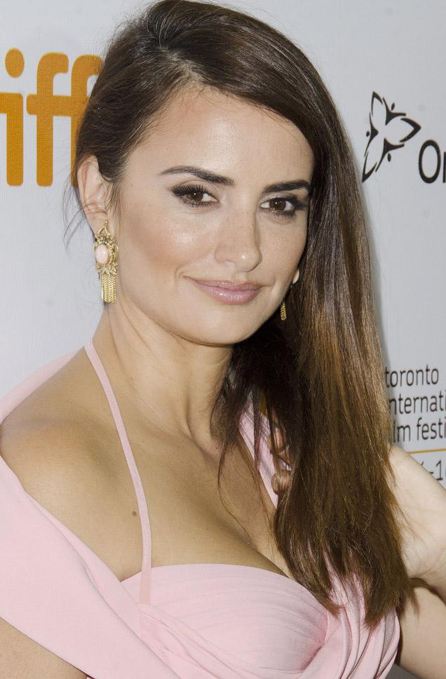 Vota El Look El Vestido Vintage De Versace De Penélope Cruz