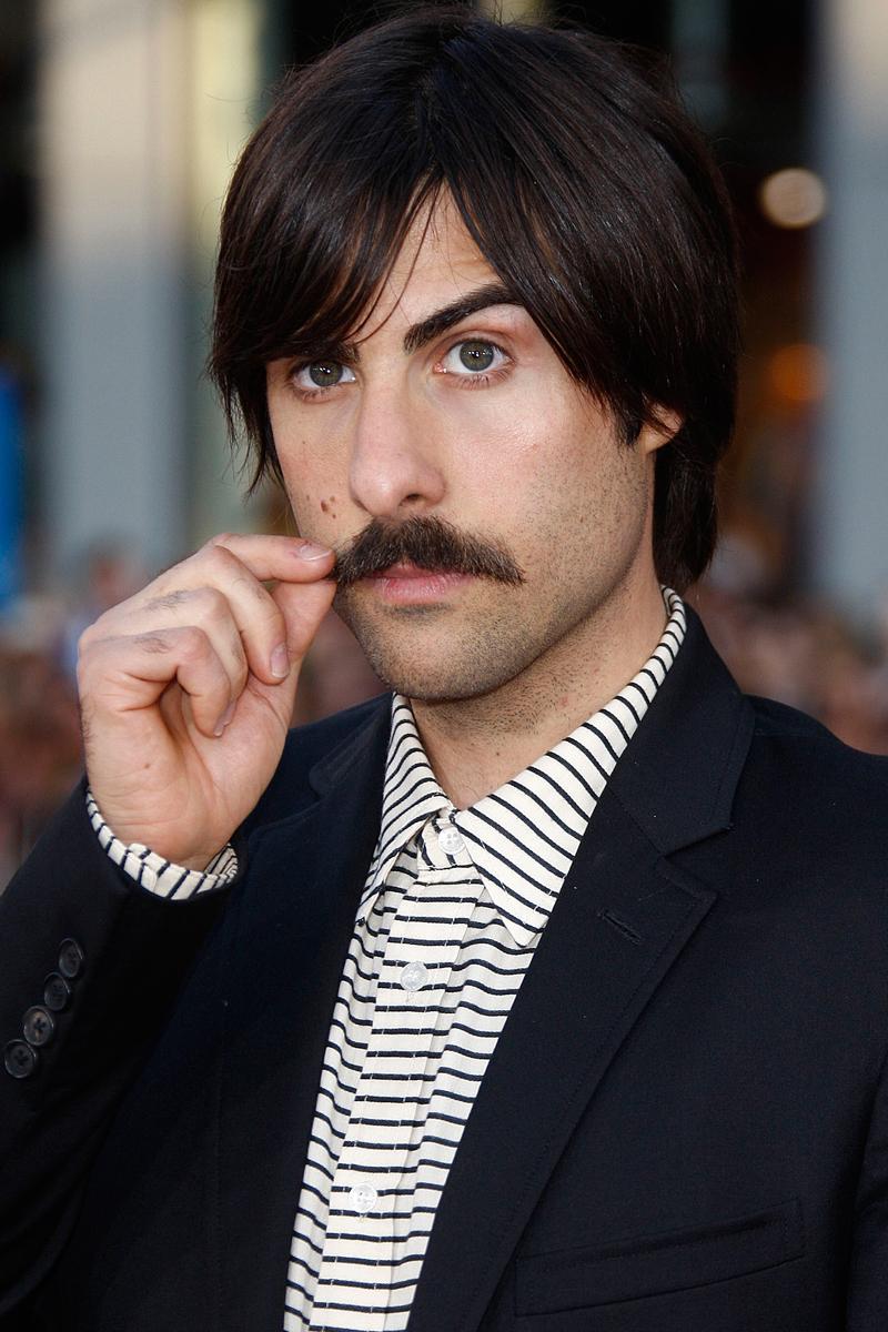 los mejores bigotes reales y postizos del star system