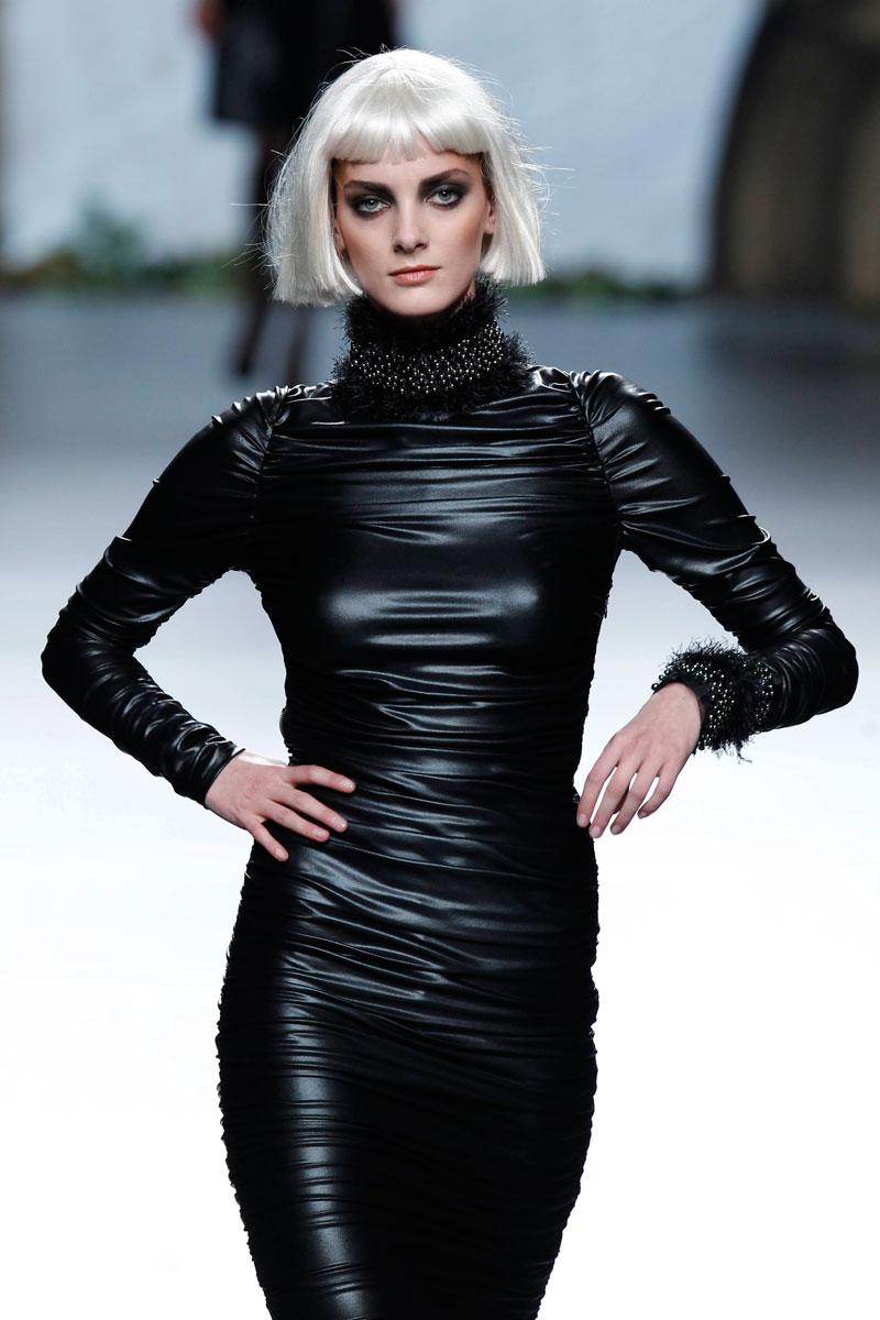 Francis Montesinos convierte Madrid Fashion Week en un espectáculo