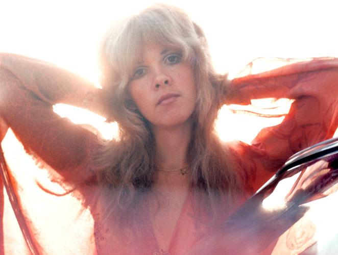El eterno encanto de Stevie Nicks, la verdadera embajadora del estilo bohemio
