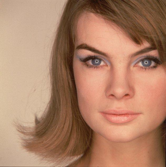 La modelo Jean Shrimpton presumiendo de ojos azules en los 60.