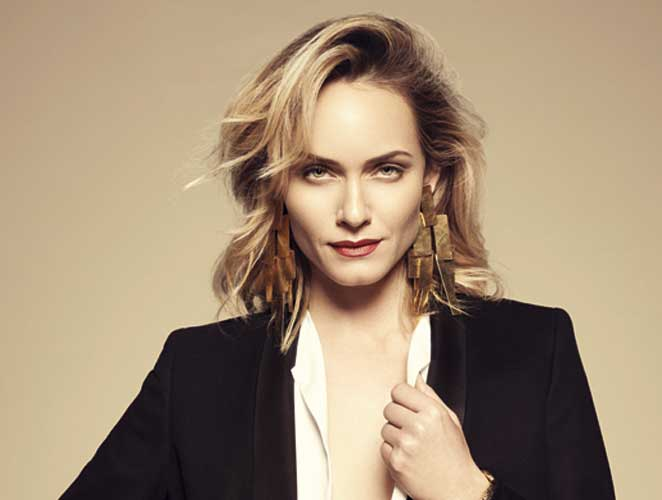 Amber Valletta, la supermodelo sin artificios