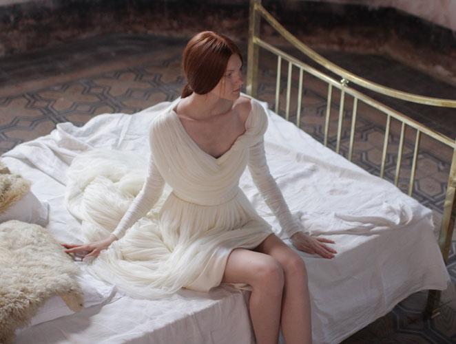 La femenina y onírica novia de Delpozo