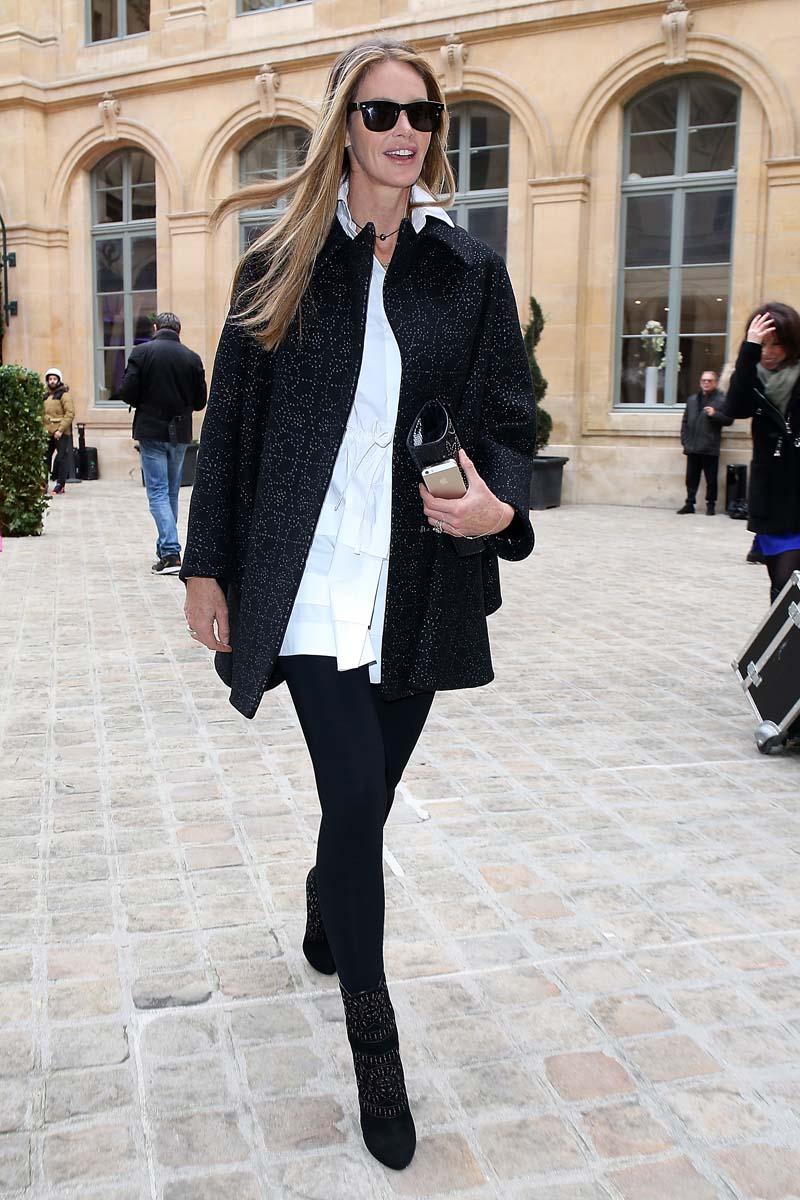 Así se viste para asistir a la alta costura de París