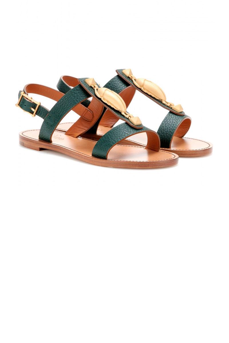 llego la hora de las sandalias