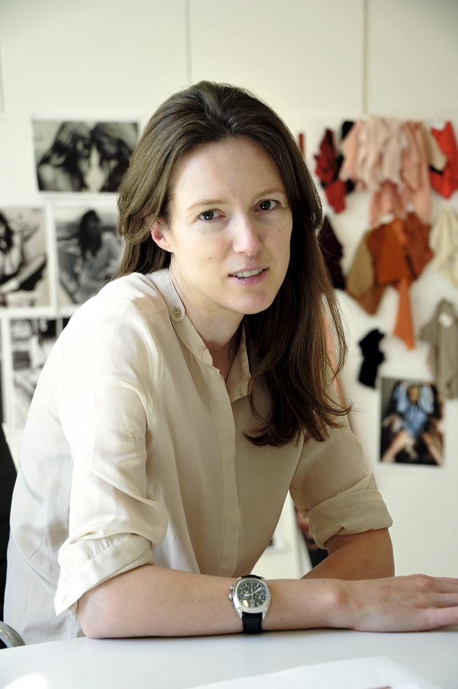 """Clare Waight Keller: """"Un bolso es una compra emocional"""""""