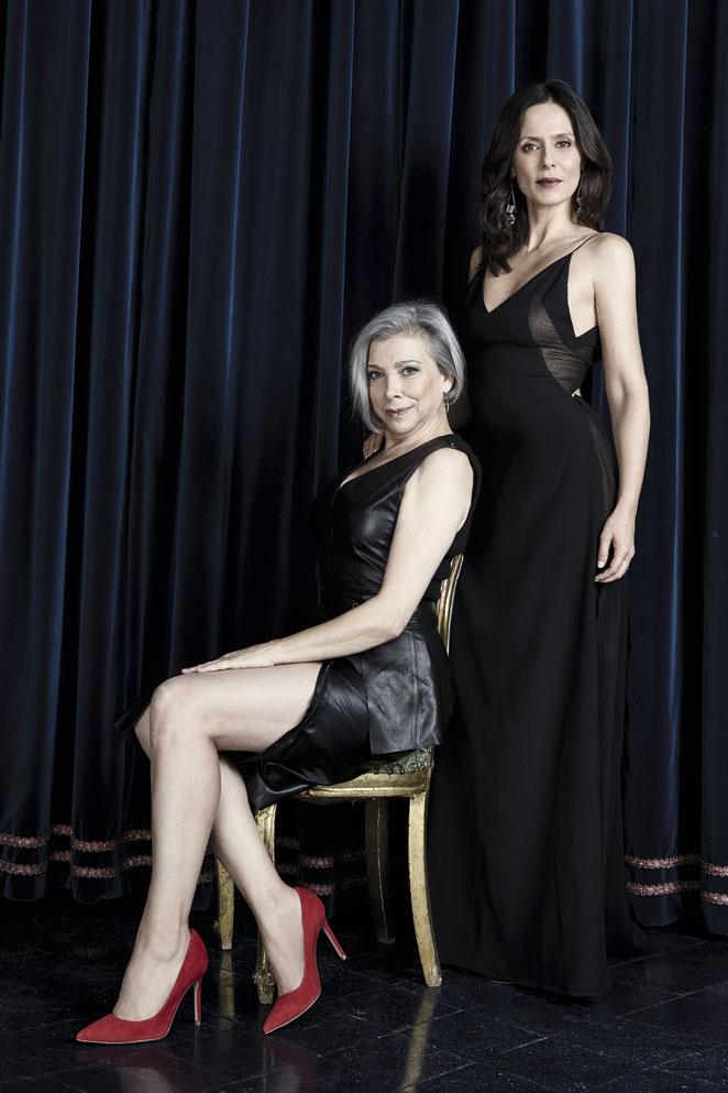 Mujeres con tablas