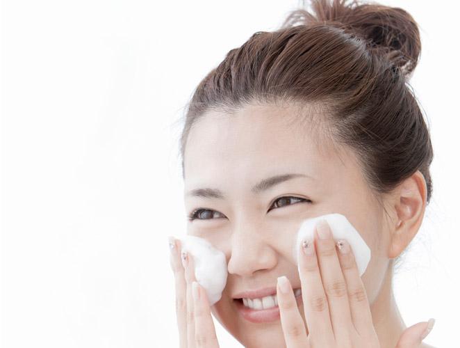 La doble limpieza facial, el secreto mejor guardado de las japonesas