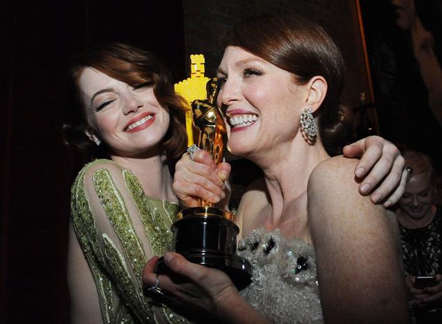 Julianne Moore Emma Stone Oscars