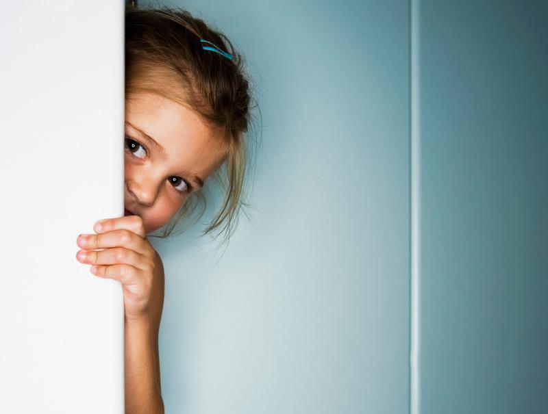 ¿Deberíamos dejar de pedir besos a los niños?