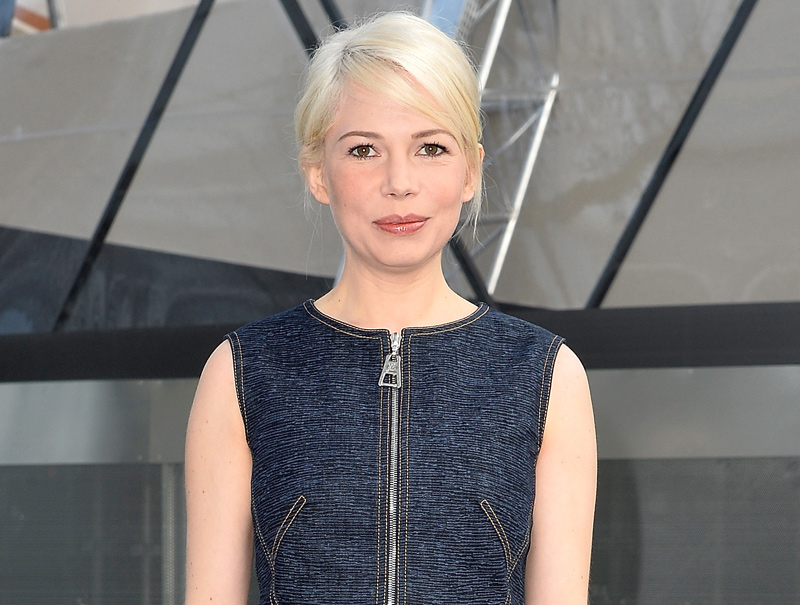 michelle williams front-row louis vuitton 2015 cover