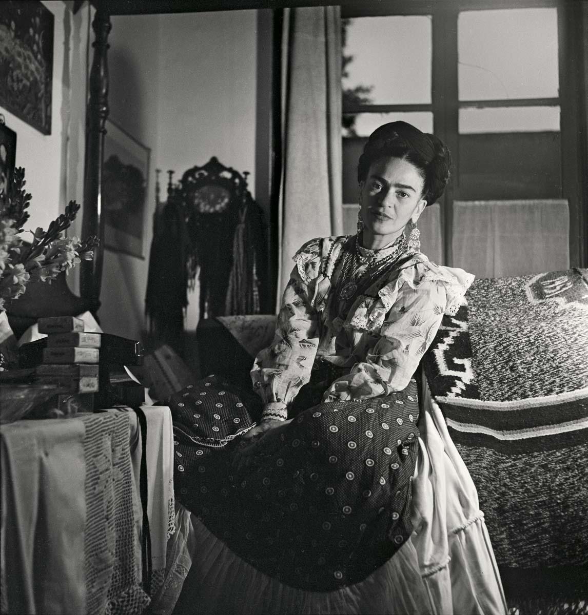 las fotos ntimas de frida kahlo en su casa que posiblemente no has visto. Black Bedroom Furniture Sets. Home Design Ideas