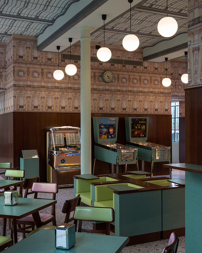 bar wes anderson
